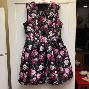 NWOT Suzy Shier party dress